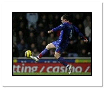 "Wayne Rooney Manchester United ""Shooting"" Double Matted 8"" x 10"" Photograph"