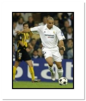 "Ronaldo Real Madrid ""Shooting"" Double Matted 8"" x 10"" Photograph"