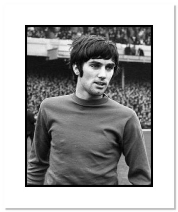 "George Best Manchester United """"Closeup"""" Double Matted 8"""" x 10"""" Photograph"" AAA-10612M"