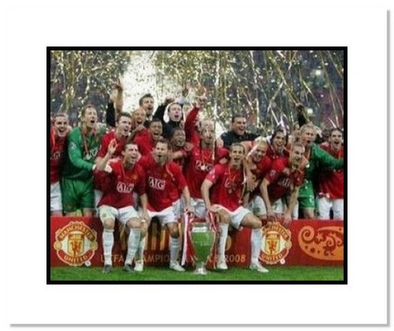 "Wayne Rooney Manchester United UEFA Champions League """"2008 Champions"""" Double Matted 8"""" x 10"""" Photograph"" AAA-10937M"