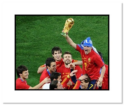 """David Villa (Spain) """"2010 at World Cup Trophy"""" Double Matted 8"""" x 10"""" Photograph"""
