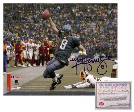 """Matt Hasselbeck Seattle Seahawks NFL Autographed """"""""Touchdown Run"""""""" 16"""""""" x 20"""""""" Photograph (Unframed)"""" AAA-75507"""