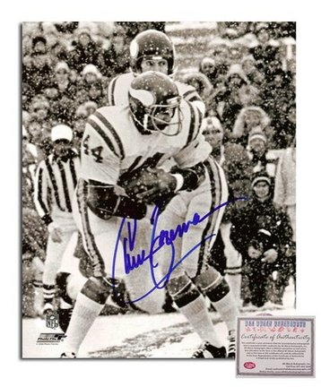 "Chuck Foreman Minnesota Vikings Autographed 8"" x 10"" Snow Game Photograph (Unframed)"