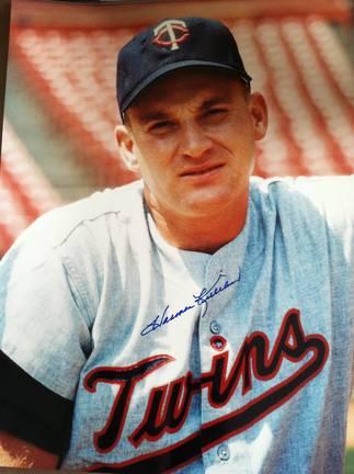 "Harmon Killebrew Autographed ""Pose"" Minnesota Twins 11x14 Photo"