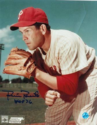 "Robin Roberts Autographed Philadelphia Phillies 8"" x 10"" Photo Inscribed ""HOF 76"""