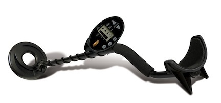 Discovery 1100 Series Metal Detector by Bounty Hunter