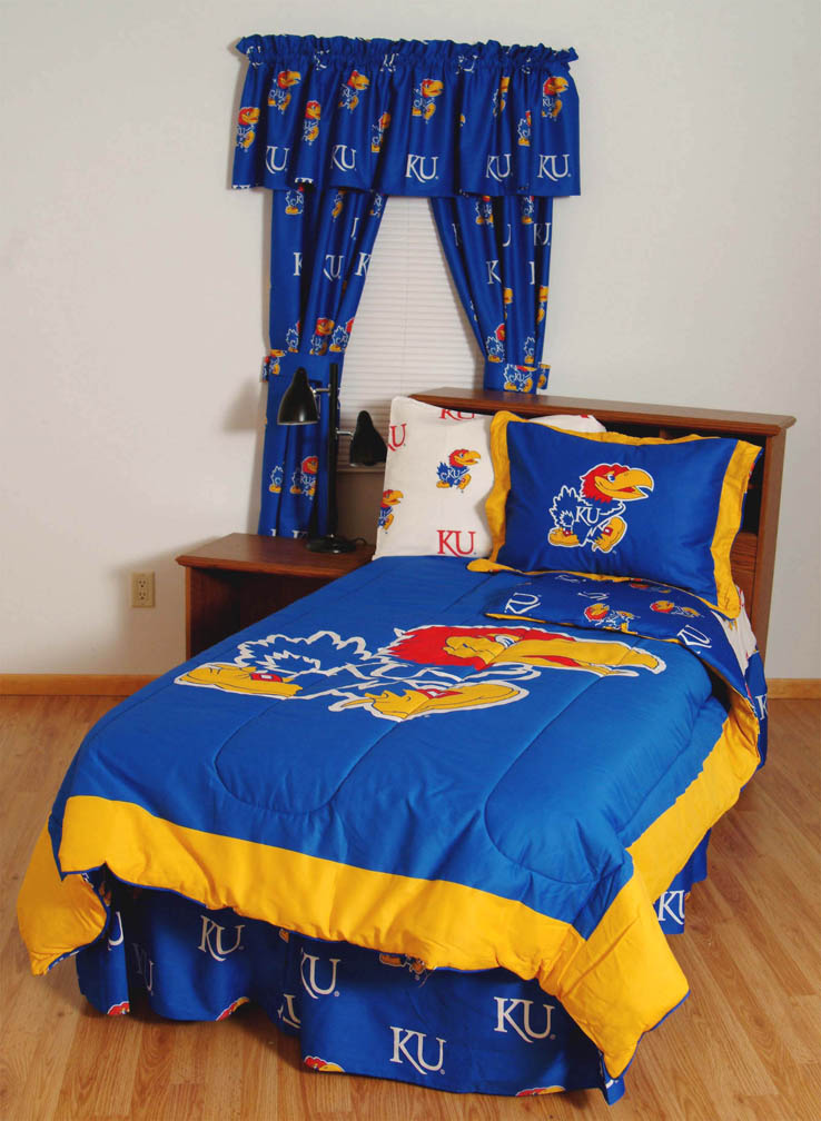 Kansas Jayhawks Bed-in-a-Bag with Reversible Comforter (Full)