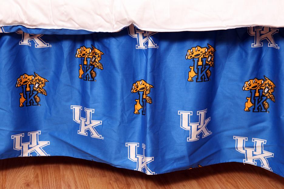 Kentucky Wildcats Printed Dust Ruffle (King)