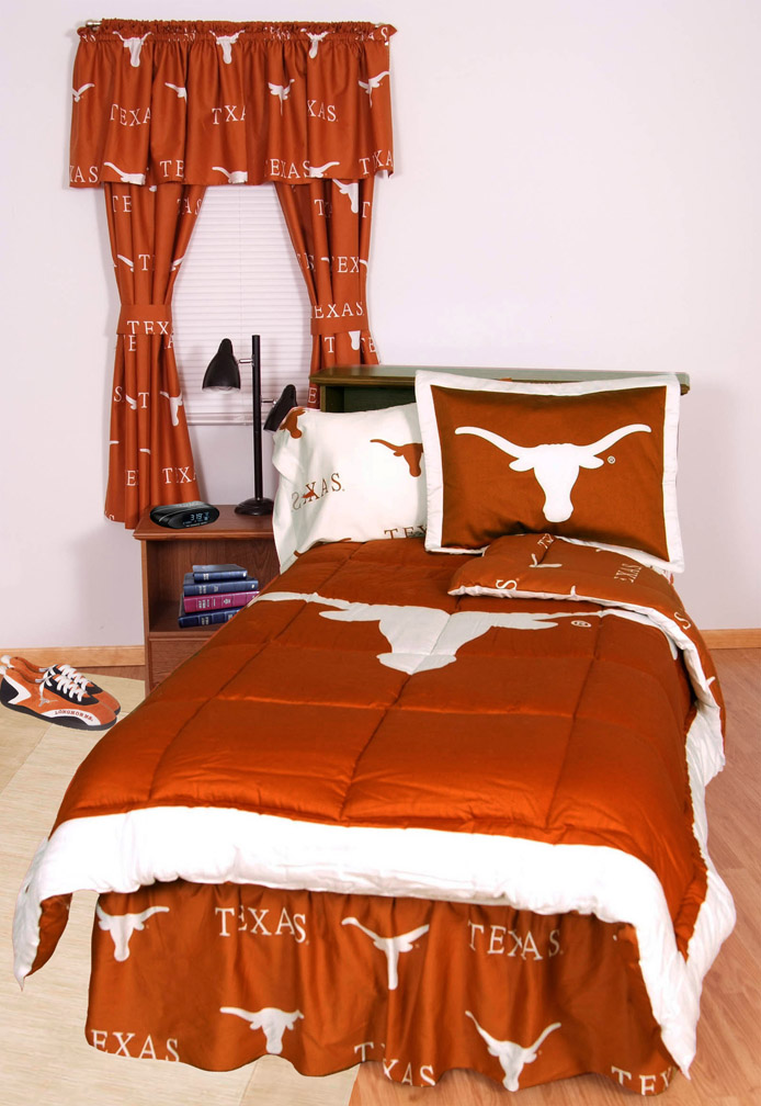 Texas Longhorns Bed-in-a-Bag with Reversible Comforter (Full)