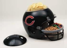 Chicago | Helmet | Snack | Bear
