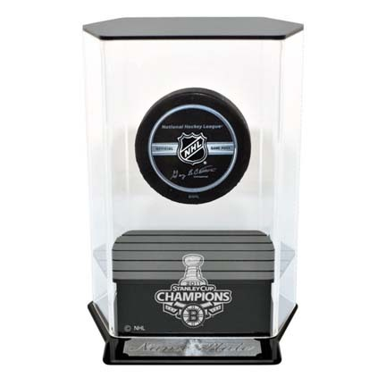 Boston Bruins 2011 Stanley Cup Champions Floating Hockey Puck Display Case (UV Protected) CW-NHL-389-SC-ST11BOS-UV