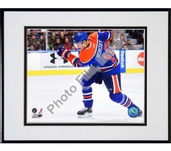 """Buy Shawn Horcoff 2009 - 2010 Action """"Blue Jersey"""" Double Matted 8"""" x 10""""... now!"""