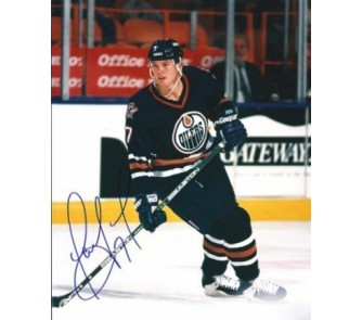 "Buy Jason Arnott Autographed Oilers 8"" x 10"" Photograph (Unframed) now!"