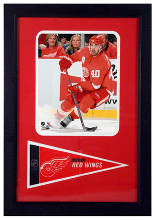 """Henrik Zetterberg Photograph with Team Pennant in a 12"""" x 18"""" Deluxe Frame"""
