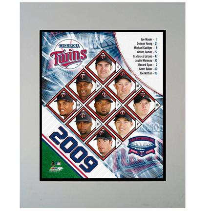 """2009 Minnesota Twins Team 11"""" x 14"""" Matted Photograph (Unframed)"""