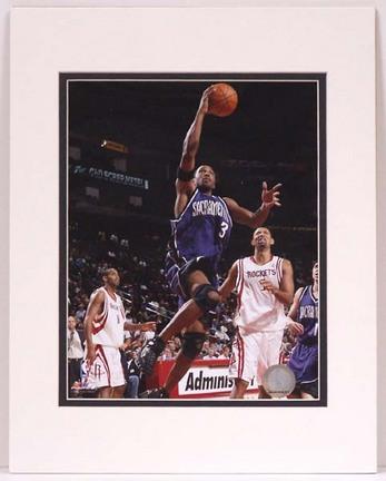 """Ron Artest Sacramento Kings Matted 8"""" x 10"""" Photograph (Unframed)"""