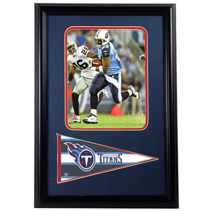 "LenDale White Tennessee Titans Photograph with Team Pennant in a 12"" x 18"" Deluxe Frame"