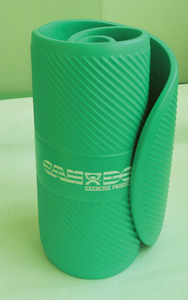 """Cando 24"""" x 72"""" x 0.6"""" Closed Cell Foam Exercise Mat - Green"""