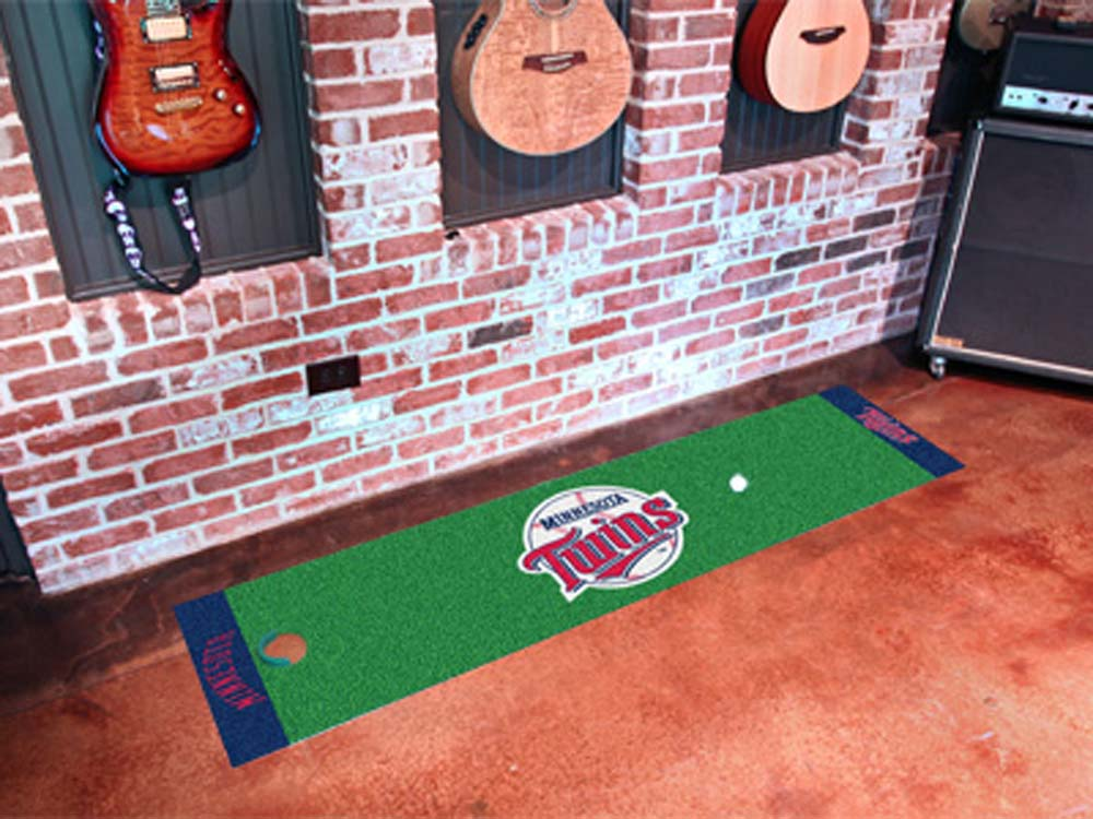 Minnesota Twins 18in x 72in Putting Green Runner