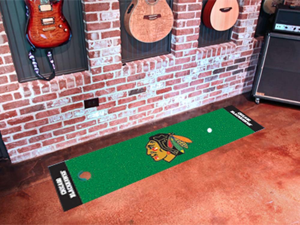 "Chicago Blackhawks 18"" x 72"" Golf Putting Green Mat"