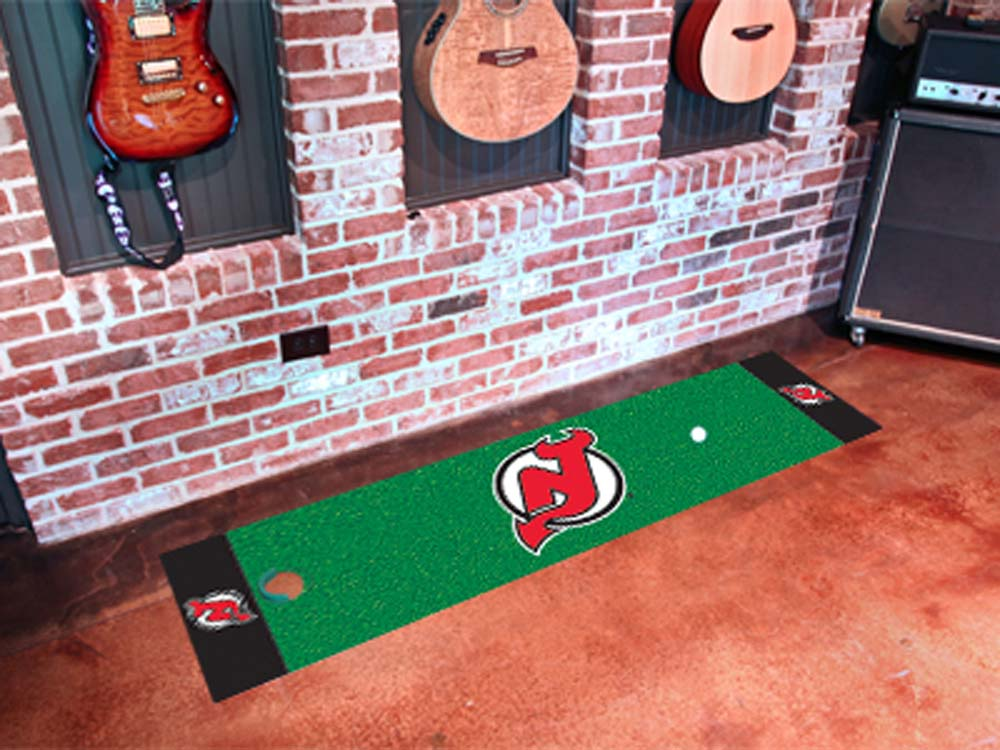 """New Jersey Devils 18"""" x 72"""" Golf Putting Green Mat"""