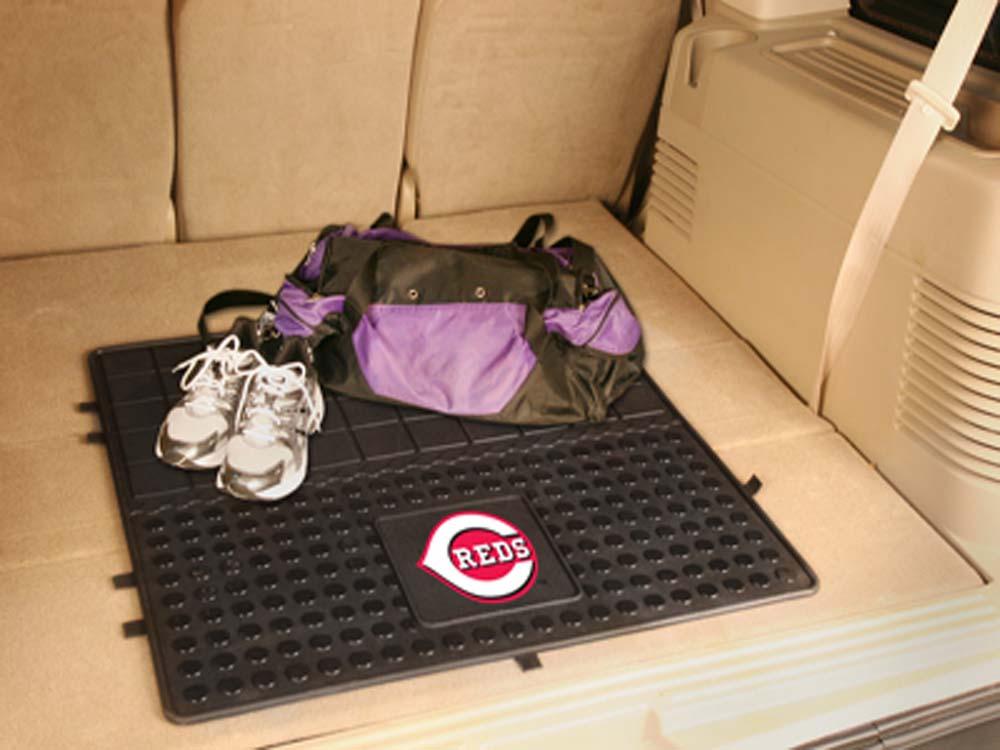 Cincinnati Reds 31in x 31in Heavy Duty Vinyl Cargo Mat