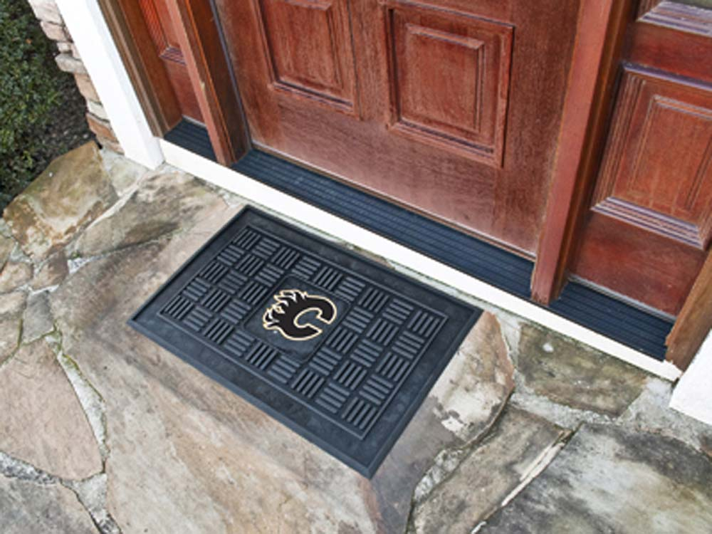 "Calgary Flames 19"" x 30"" Medallion Door Mat"