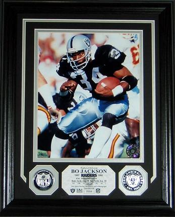 """Bo Jackson 8"""" x 10"""" Framed Photograph and Medallion Set from The Highland Mint"""