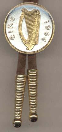 """Irish Penny """"Harp"""" (1967) Two Tone Coin Bolo Tie"""