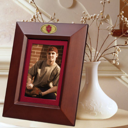 """Indiana Hoosiers 5"""" x 7"""" Vertical Brown Picture Frame"""