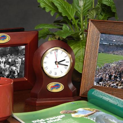 Buffalo   Clock   Desk   Bill