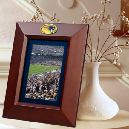 """New England Patriots 5"""" x 7"""" Vertical Brown Picture Frame"""