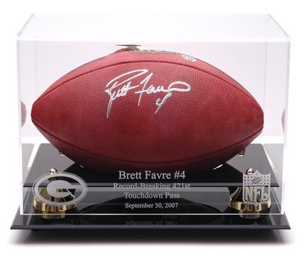 Brett Favre Golden Classic Football Display Case with Touch Down Record Logo MM-DISPFBFAVT