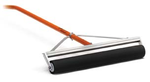 """AccuForm 24"""" Roller Squeegee with 60"""" Aluminum Handle"""