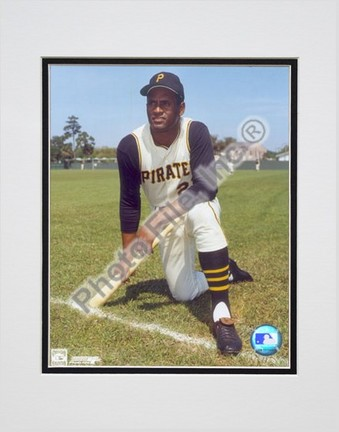 """Roberto Clemente, Pittsburgh Pirates (Posing #3) Double Matted 8"""" X 10"""" Photograph (Unframed)"""
