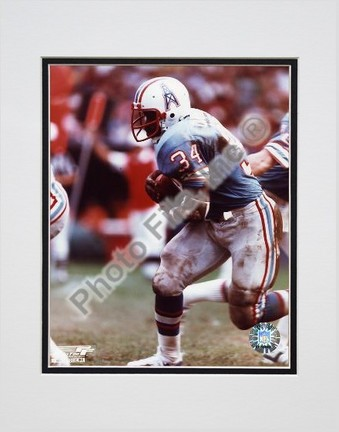 """Earl Campbell """"Running with Ball"""" Double Matted 8"""" X 10"""" Photograph (Unframed)"""