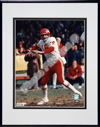 "Len Dawson ""Prepare to Pass"" Double Matted 8"" X 10"" Photograph in Black Anodized Aluminum Frame"