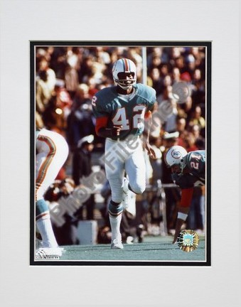 """Paul Warfield """"Action"""" Double Matted 8"""" X 10"""" Photograph (Unframed)"""