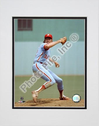 """Steve Carlton """"Pitching"""" Double Matted 8"""" X 10"""" Photograph (Unframed)"""