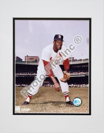 """Bob Gibson """"Pitching"""" Double Matted 8"""" X 10"""" Photograph (Unframed)"""