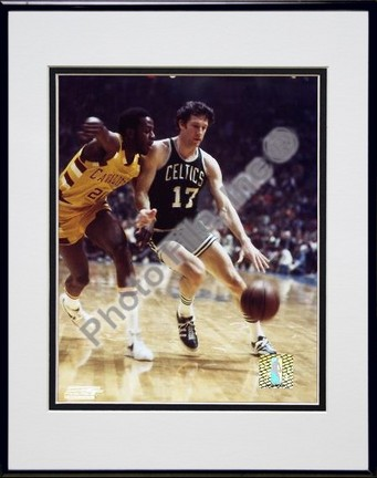 John Havlicek Action Double Matted 8 X 10 Photograph in Black Anodized Aluminum Frame