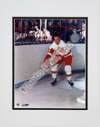 "Gordie Howe ""Skating with puck"" Double Matted 8"" x 10"" Photograph (Unframed)"
