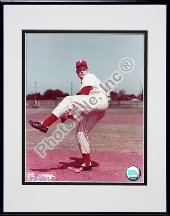 """Robin Roberts """"Posed, Pitching"""" Double Matted 8"""" x 10"""" Photograph in Black Anodized Aluminum Frame"""