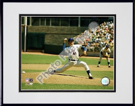 Tom Seaver Pitching Action Double Matted 8 X 10 Photograph in Black Anodized Aluminum Frame