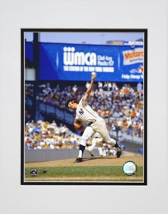 Sparky Lyle Pitching Action Double Matted 8 X 10 Photograph Unframed