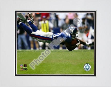 "Tiki Barber """"2005 / 2006 Action"""" Double Matted 8"""" X 10"""" Photograph (Unframed)"" PHF-AAGT066-33"
