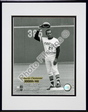 "Roberto Clemente ""9/30/72 3000 Hit"" Double Matted 8"" x 10"" Photograph in Black Anodized Aluminum Fra"