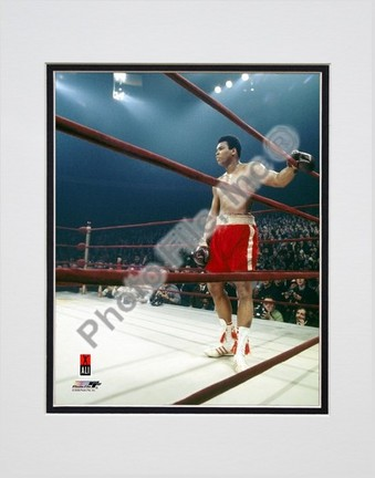 """Muhammad Ali #9 Double Matted 8"""" X 10"""" Photograph (Unframed)"""