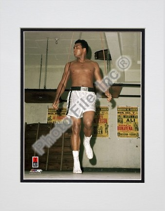 """Muhammad Ali #14 Double Matted 8"""" X 10"""" Photograph (Unframed)"""