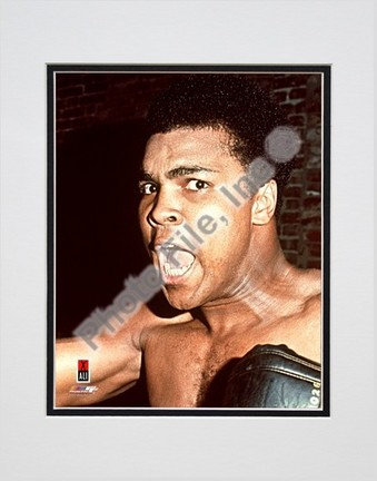 """Muhammad Ali #11 Double Matted 8"""" X 10"""" Photograph (Unframed)"""